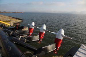Lowering and Hoisting Turbines